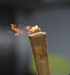 Olympische fakkel met vlam